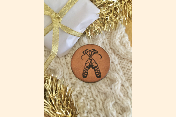 Leather Magnet with Scottish Dance Shoes with Holiday Scene