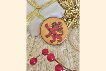 Red Rampant Lion Magnet with Holiday Background