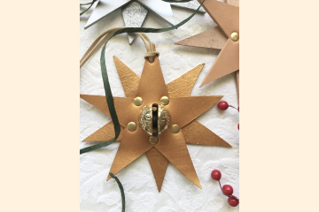 Gold Star Holiday Tree Decoration - Rustic Leather Christmas Decor - Stocking Stuffer Gift Under 30