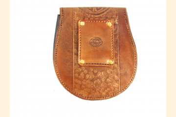Sporran with Copper Celtic Knot Design, Essential Belt Bag for Kilt